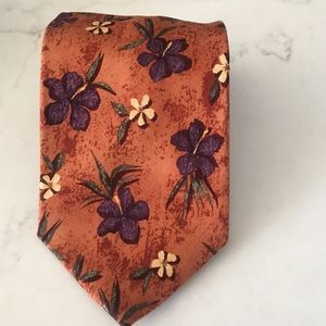 """Jos A Banks tie 4"""" x 56"""" silk tie made in the USA"""